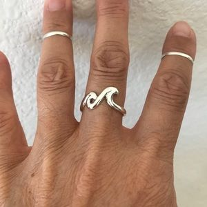 Jewelry - Sterling Silver Two Thick Waves 🌊 Ring